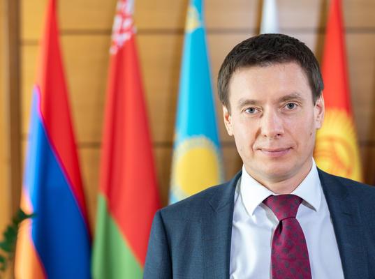 Министр по торговле ЕЭК призвал интенсифицировать диалог с ЕС по отраслевой и торгово-экономической повестке